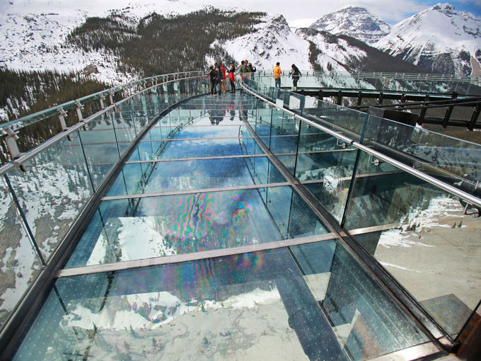 JASPER NATIONAL PARK, AB: MAY 01, 2014 -- Visitors take in the opening day of the Glacier Skywalk near Alerta's Columbia Icefields in Jasper National Park Thursday May 1, 2014. (Gavin Young/Calgary Herald) ORG XMIT: POS2014050117163474